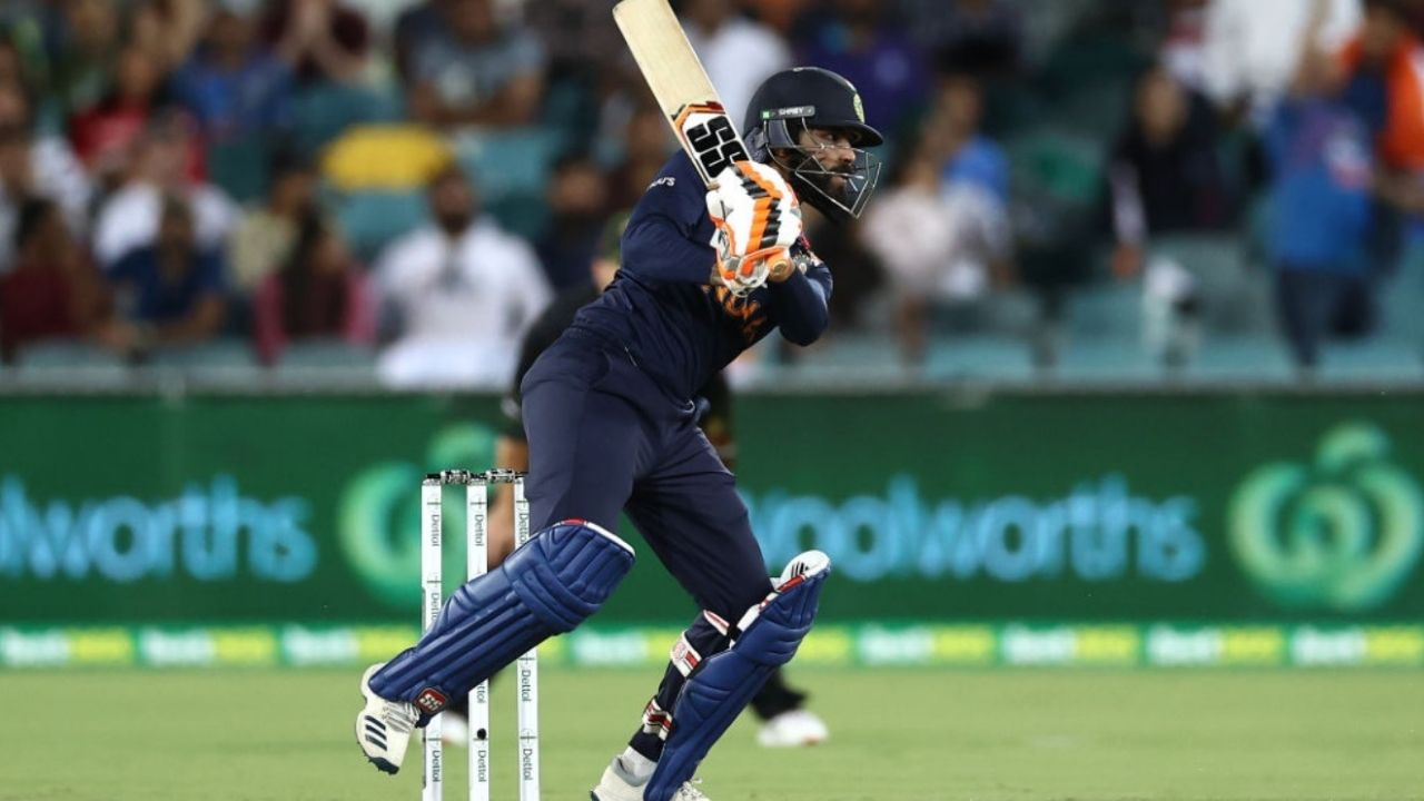 Jadeja ruled out of T20I series; Thakur added to squad
