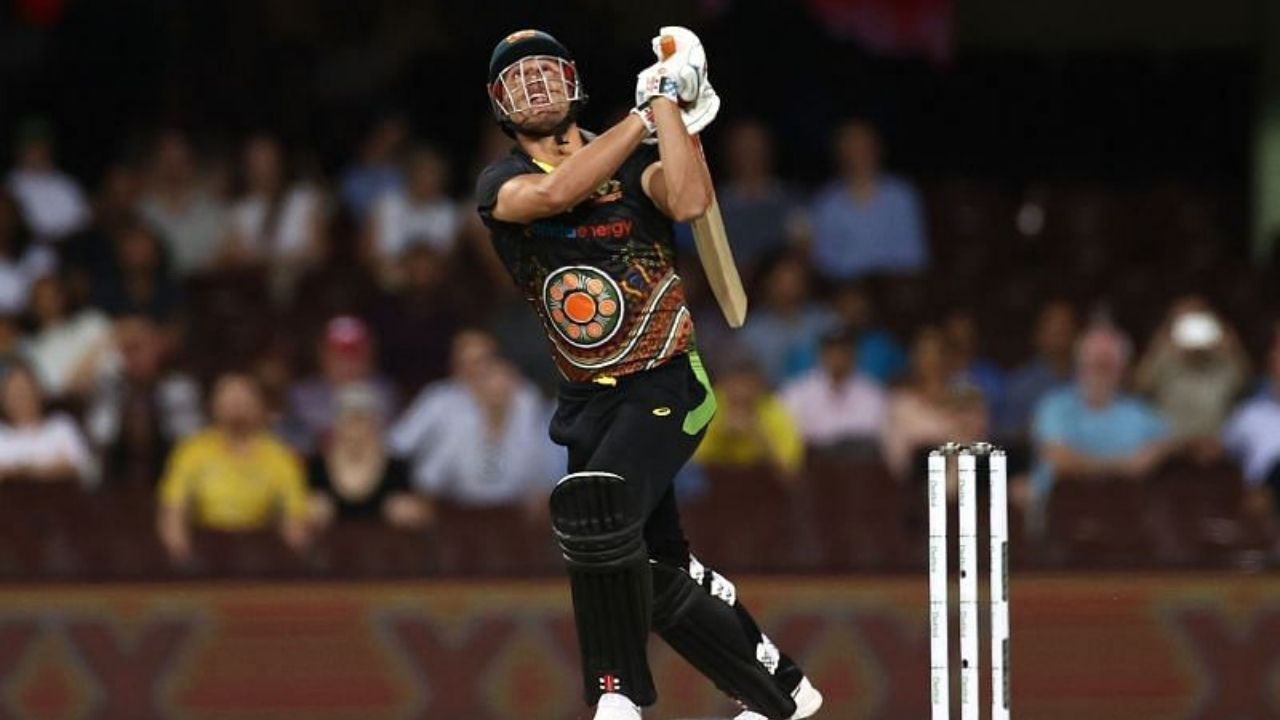 Is Aaron Finch playing: Why is Marcus Stoinis not playing today's 3rd T20I between Australia and India?