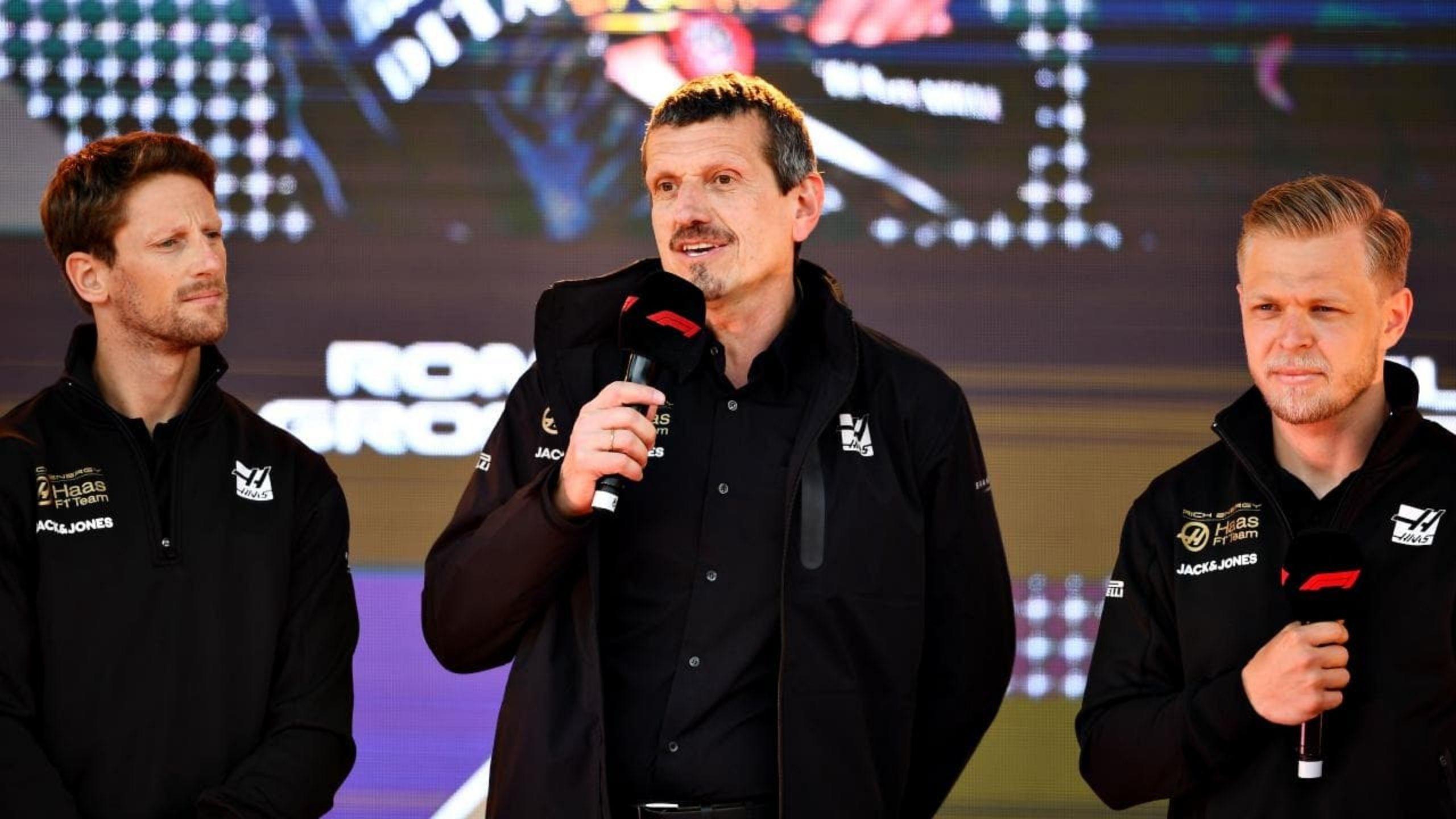 """""""You respect that because they are very difficult to get"""" - Haas F1 principal Guenther Steiner reveals 'special' parting gift he gave to Kevin Magnussen and Romain Grosjean"""