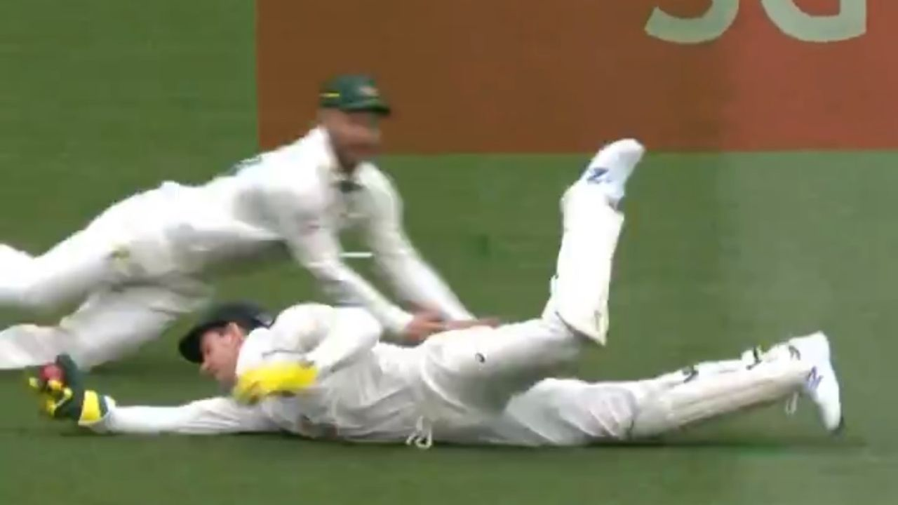 Cheteshwar Pujara dismissal: Watch Tim Paine grabs excellent catch to dismiss Pujara off Pat Cummins at the MCG