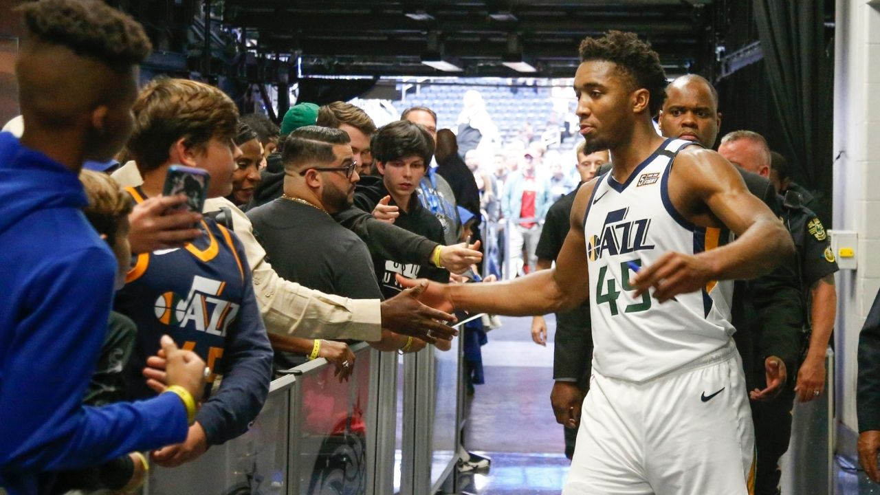 """""""Donovan Mitchell gave him his Beats right off his head"""": When Jazz All star's gesture to gift a fan his headphones earned him praise"""