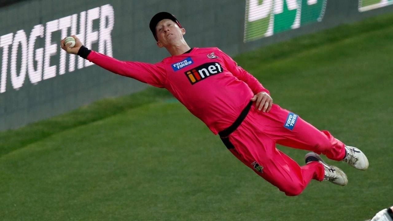 Jordan Silk fielding: Watch Silk's fabulous fielding effort saves boundary for Sydney Sixers in BBL 10 season opener
