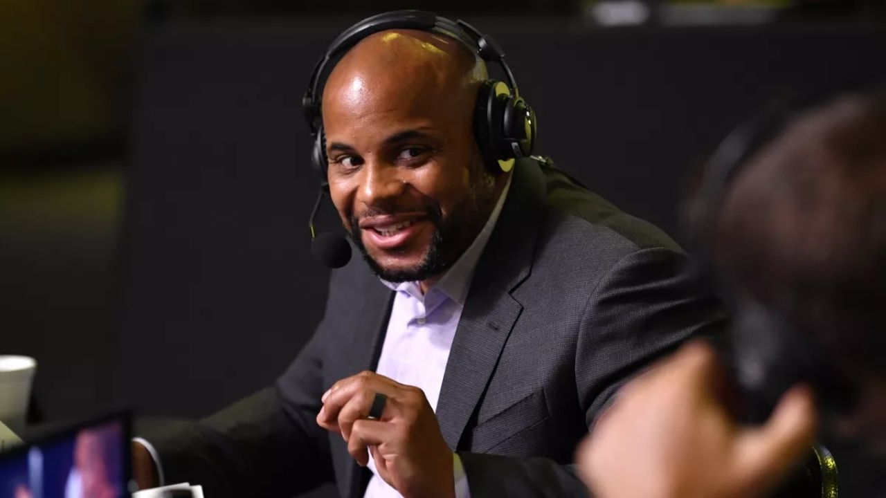 Daniel Cormier reveals 'one of the craziest moments' he witnessed from the commentary table