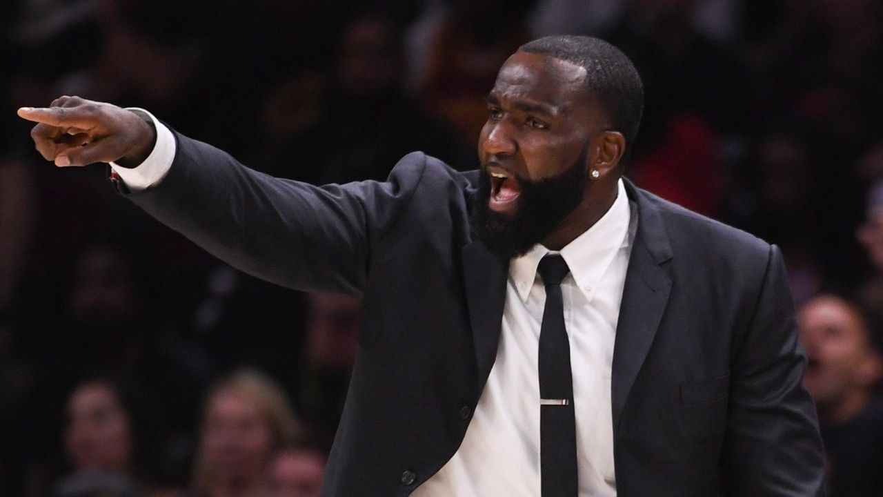 """""""Here we go, deja vu! Clippers are at it again"""": Kendrick Perkins blasts Kawhi Leonard and co, calls them phony challengers to LeBron James and Lakers"""