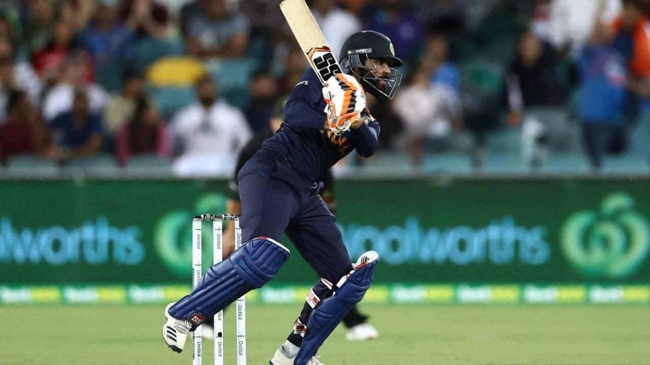 Ravindra Jadeja: Twitterati elated as Jadeja's career-best powers team to 161/7 in Canberra T20I