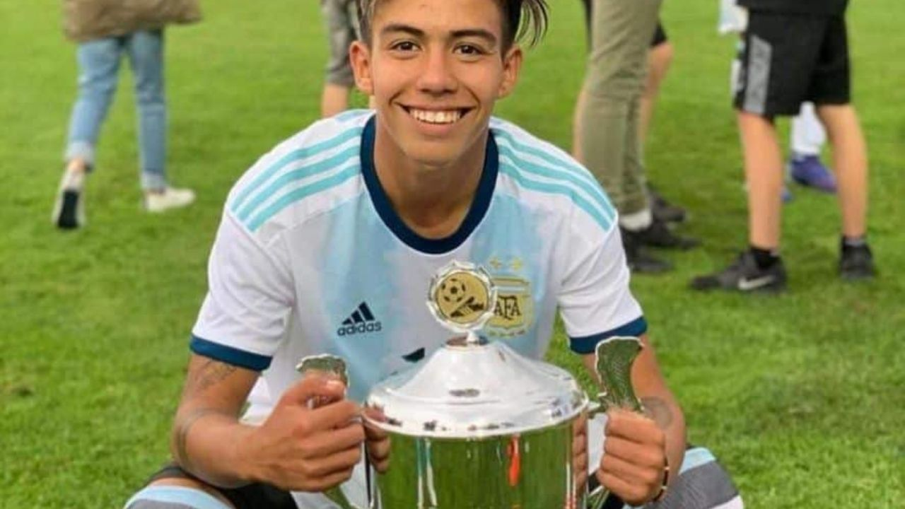 17 Year Old Estudiantes Wonderkid On Verge Of Joining Manchester City For 12 Million Euros