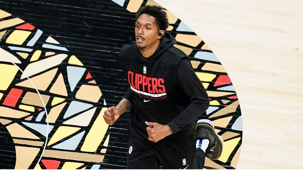 'What qualifies you?': Lou Williams slams Clippers fan for suggesting that he retire after a dodgy start to his season