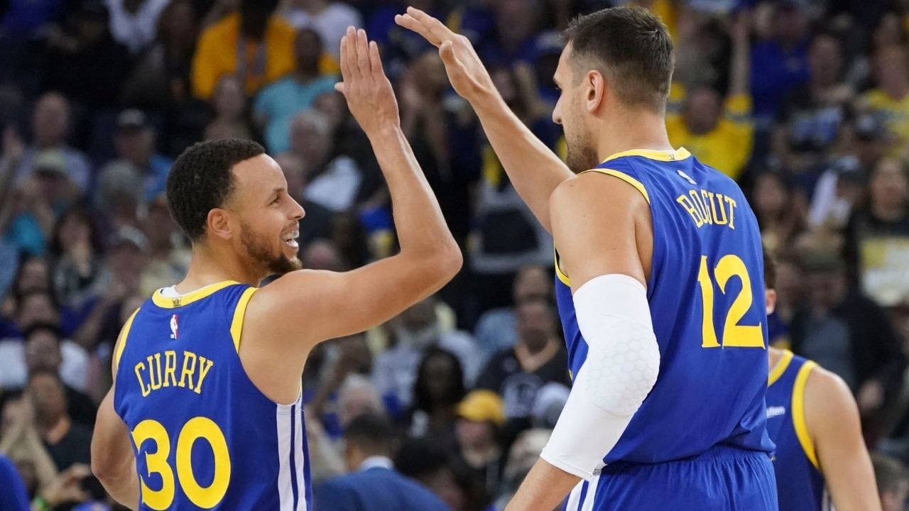 """""""Stephen Curry would go out and drop 30 after this"""": Andrew Bogut reveals amazing motivational technique his Warriors teammate would use after bad first halves"""