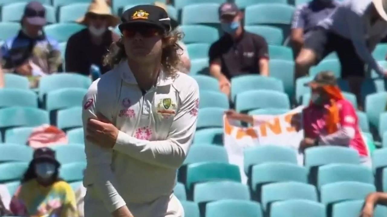 Will Pucovski injury: Australian batsman walks off the field after injuring his shoulder at the SCG