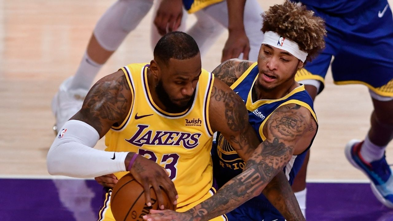 """""""LeBron James is the least clutch player in NBA history"""": Lakers fans slam King James for lackluster performance while blowing 19-point lead in loss to Steph Curry's Warriors"""