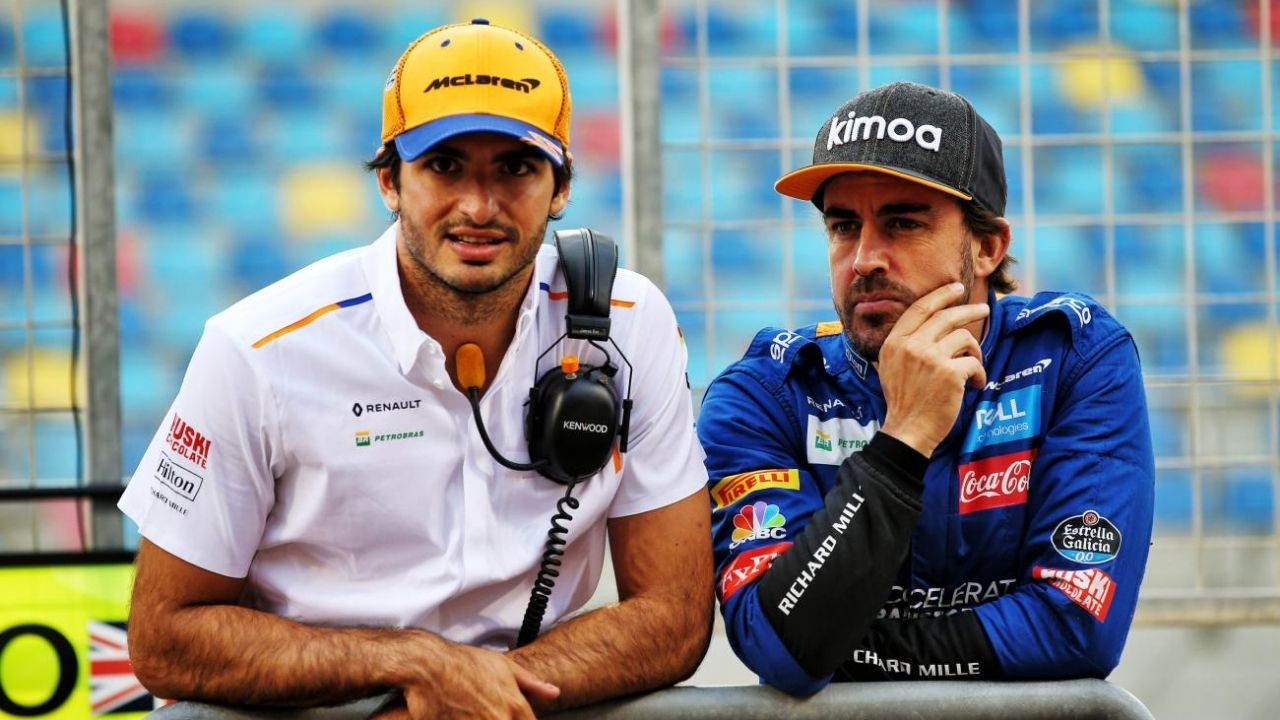 """""""Dream to be on a podium with Carlos Sainz""""- Fernando Alonso makes heartwarming statement for his fan"""