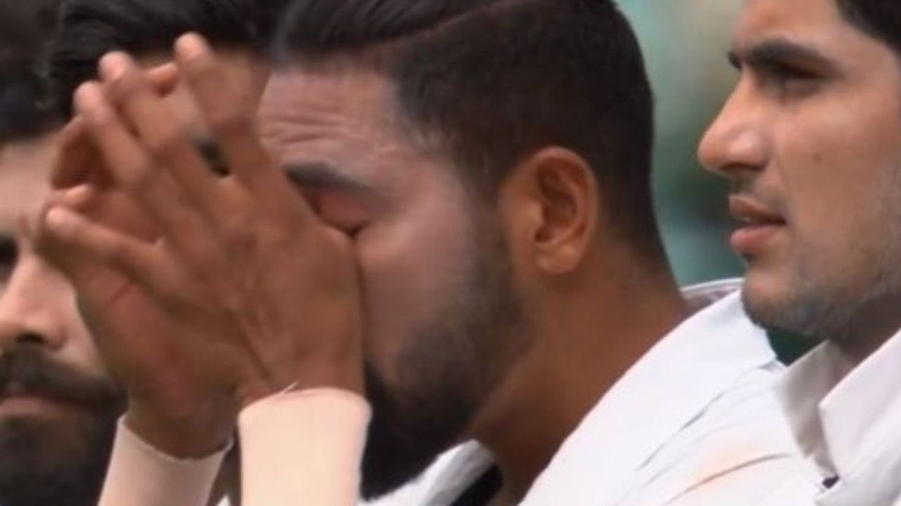 Australia vs India Test: Mohammed Siraj sheds a tear during Indian national anthem at the SCG