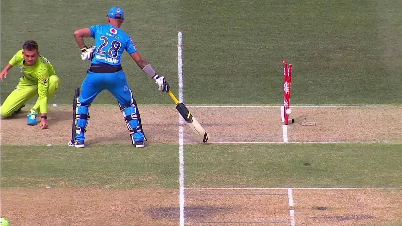 Jake Weatherald: Strikers batsman gets run-out on both ends in bizarre BBL  10 dismissal vs Thunder | The SportsRush