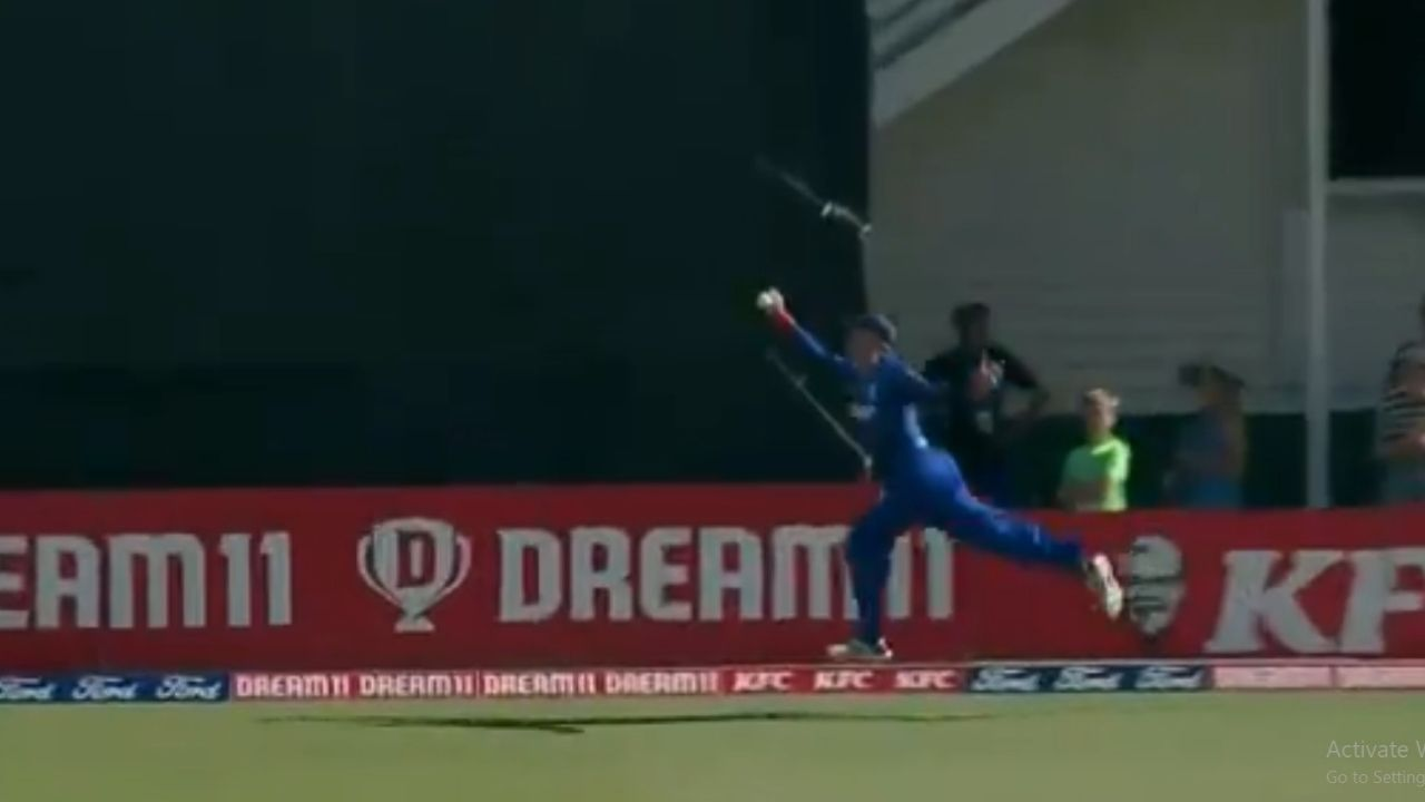 Martin Guptill catch: Watch Auckland player grabs stellar catch to dismiss George Worker in Super Smash