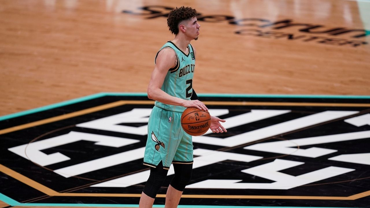 """""""LaMelo Ball better bring something defensively"""": Hornets coach James Borrego comments on Michael Jordan's favorite rookie"""