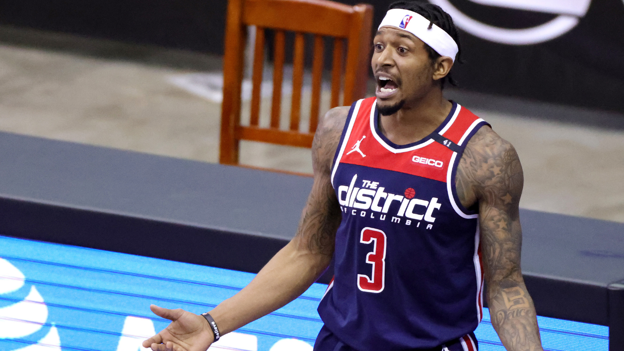 """""""Is the sky blue?"""": Bradley Beal gives a sarcastic response after his Wizards lose to the Pelicans despite his 47-point effort"""