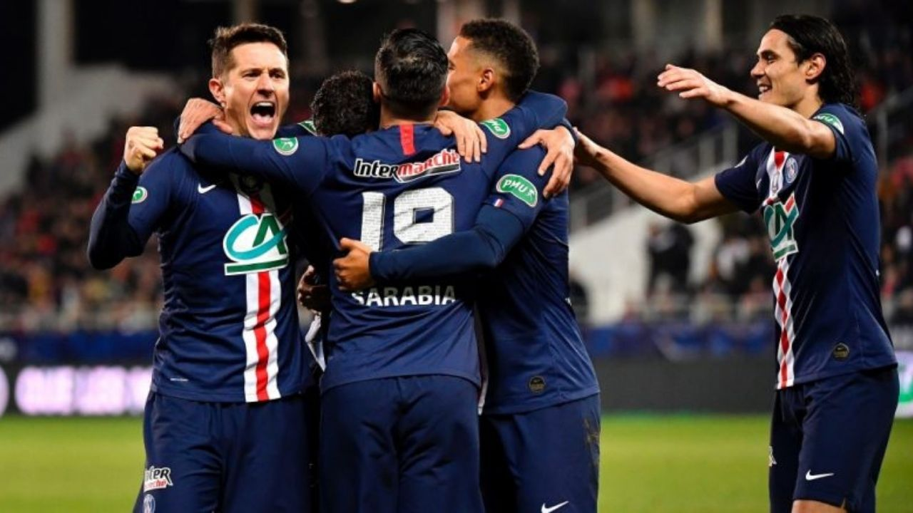 """""""The world is going to s***"""": Ander Herrera Launches Staunch Defence Of Edinson Cavani Following Three Match Ban"""