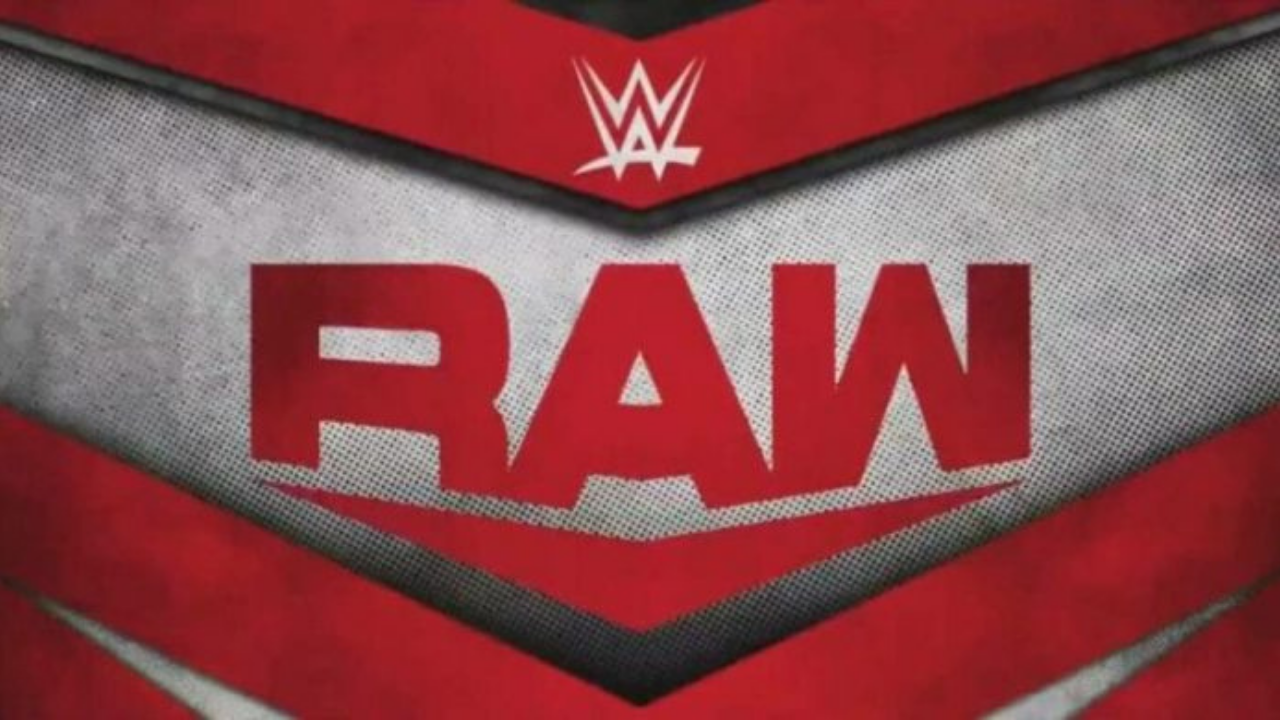 Injury to WWE star confirmed by commentary team on RAW