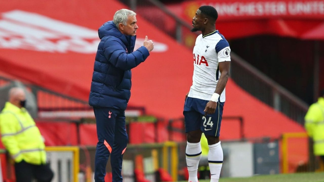 """I was about to say it. 'Pick someone else!"": Serge Aurier Reveals Details Of Tiff With Jose Mourinho"