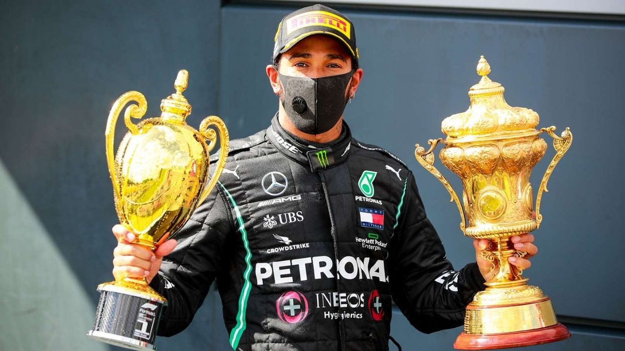"""""""If they think they can replace Lewis Hamilton, they are deluded""""- Eddie Jordan takes U-turn on Briton star"""