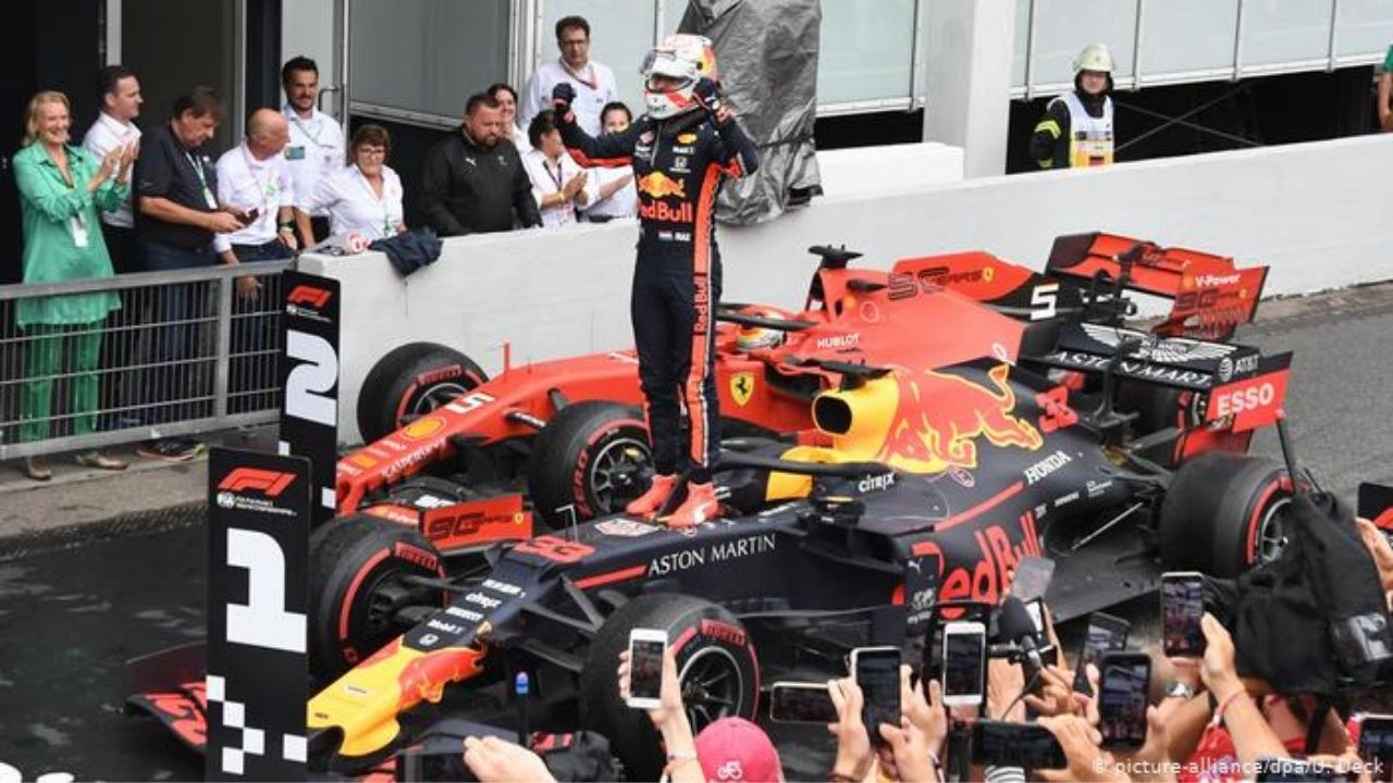 """""""I see it as a detriment probably to Verstappen""""- Former F1 designer spots fundamental problems with Red Bull"""