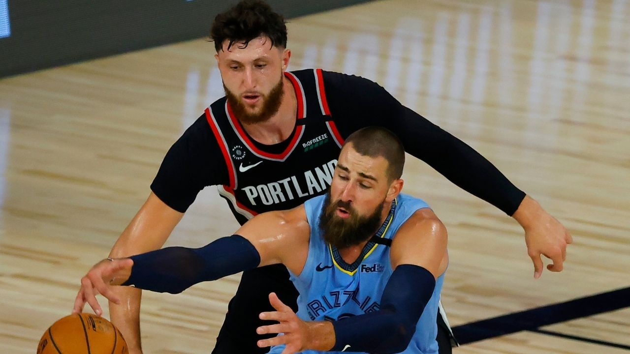 """Come on Jonas Valanciunas, we can do better"": Jusuf Nurkic calls out Grizzlies center on hard foul over Sacramento forward Chimezie Metu"