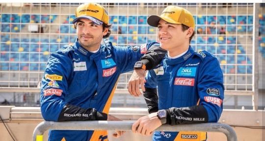 """""""When it came to '21 and '22, we couldn't involve him"""" - Lando Norris confirms Carlos Sainz unaware of McLaren plans after switching to Ferrari"""