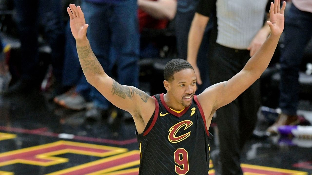 """""""LeBron James barbecued PJ Tucker"""": Former Lakers center Channing Frye recounts how James made mincemeat of his Suns team during Heatles era"""