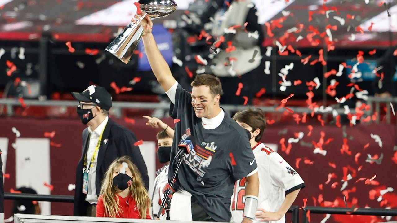 """""""Tom Brady can play until he's 50."""" Bucs Gm Jason Licht Reacts to Tom Brady Contract Extension on the Rich Eisen Show"""