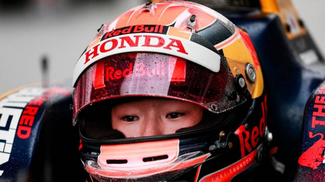 """He is one of the drivers that I want to drive with""- Yuki Tsunoda on Max Verstappen"