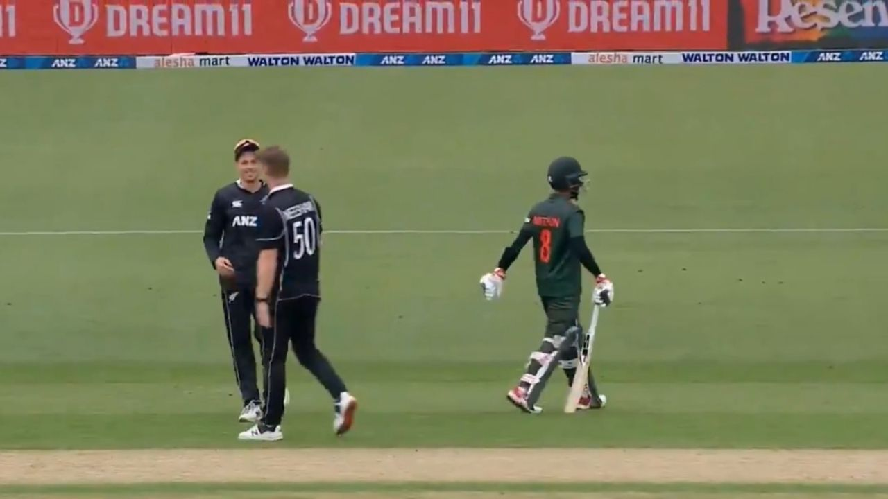 """Worst way to get out"": Mohammad Mithun run out in unfortunate manner by Jimmy Neesham in Dunedin ODI"