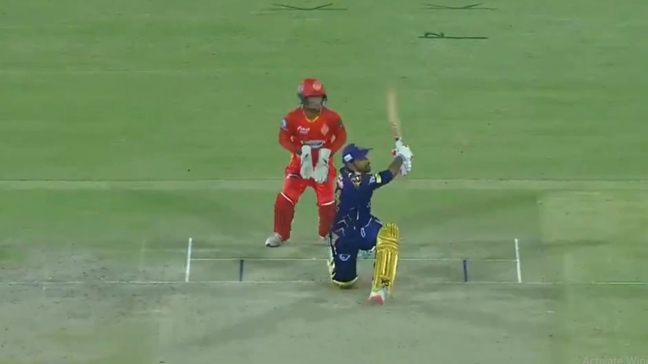 """Don't mess"": Sarfaraz Ahmed thwacks four consecutive sixes off Iftikhar Ahmed in PSL 2021"