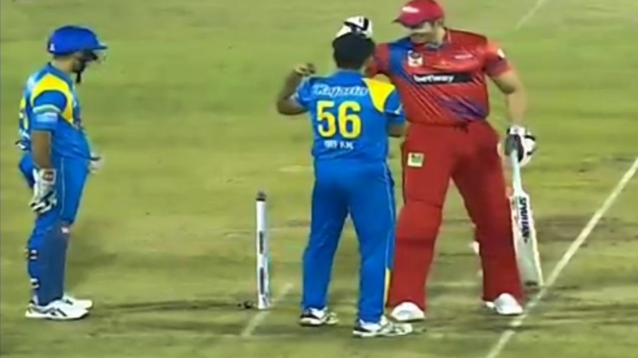 C Tremlett: Irfan Pathan and Chris Tremlett share a light moment by comparing biceps in Road Safety World Series