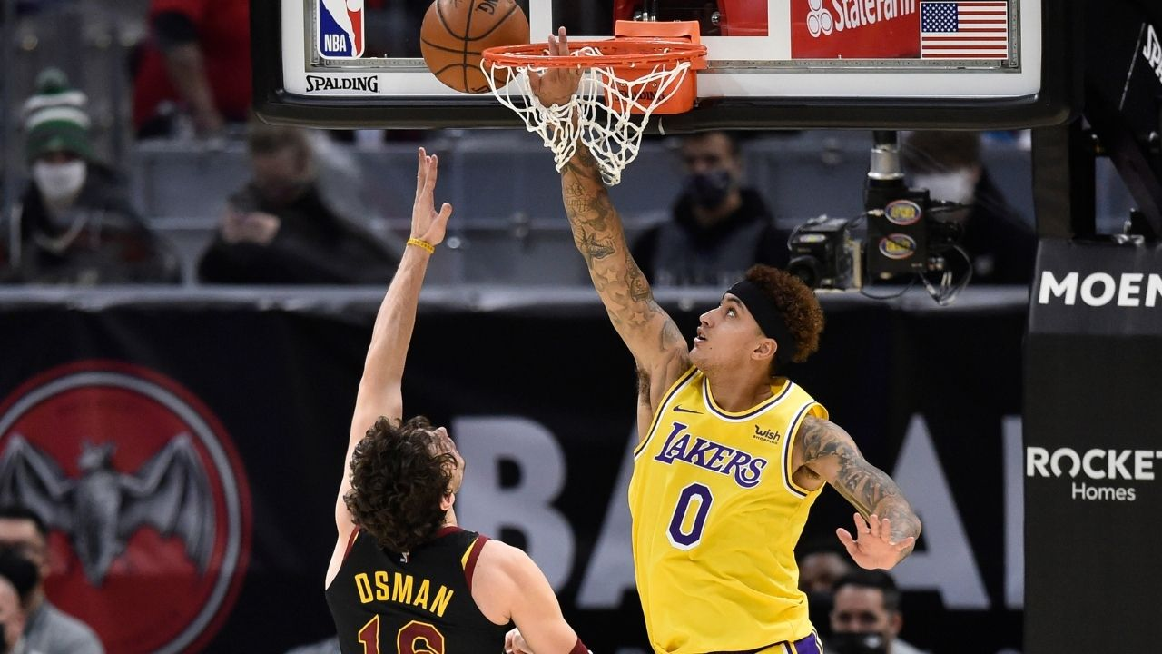 """""""There will be no more bink binks on this island"""": Lakers' Kyle Kuzma hilariously reacts to a video of him clamping up Stephen Curry"""