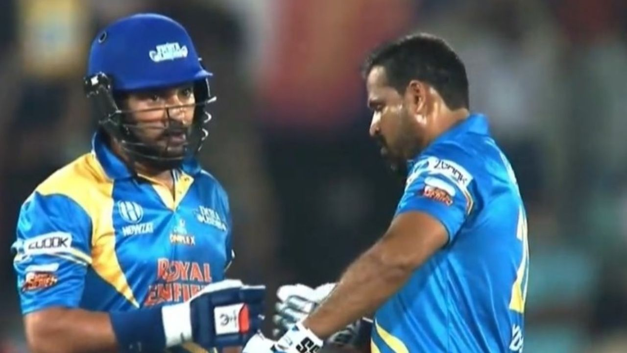 """""""Joy to behold"""": Twitterati enthralled by Yuvraj Singh hitting four sixes off Mahendra Nagamootoo over in Road Safety World Series"""