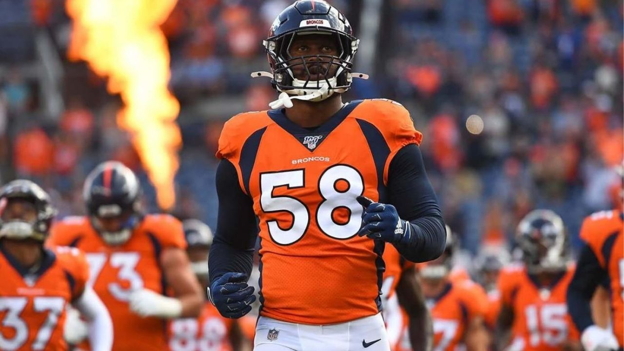 """""""I want to be here forever"""": Von Miller expresses his love for Bronco nation after Denver exercise contract option"""