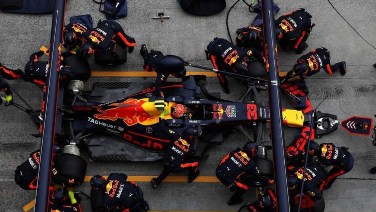Fastest Pit Stop F1 2021 : Max Verstappen and Red Bull start Formula 2021 season with one of the Fastest pit stops