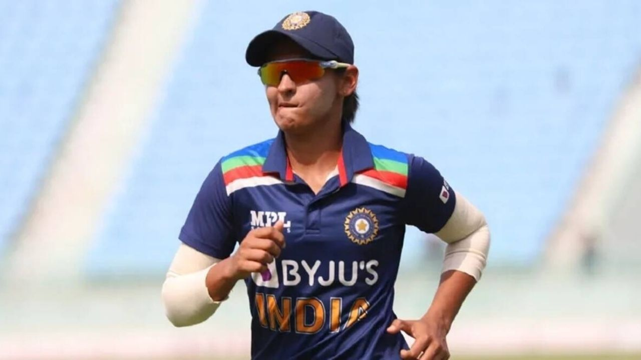 Why is Harmanpreet Kaur not playing today's 1st T20I between India Women and South Africa Women?