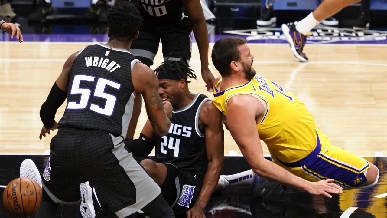 """""""Lakers have a higher defensive rating with LeBron James and Anthony Davis out"""": How Dennis Schroder, Montrezl Harrell and co are keeping the defense elite sans LeBron and AD"""