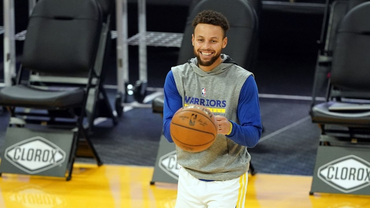 """""""Kobe Bryant and Michael Jordan never shot it like this"""": Steve Kerr gives Steph Curry highest degree of praise, explains why his 30-point game streak is more impressive"""
