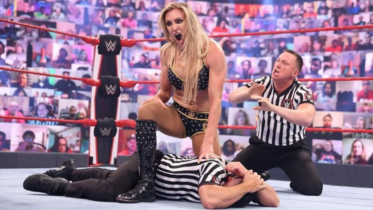 Charlotte Flair thrashes Dave Meltzer for commenting on her appearance