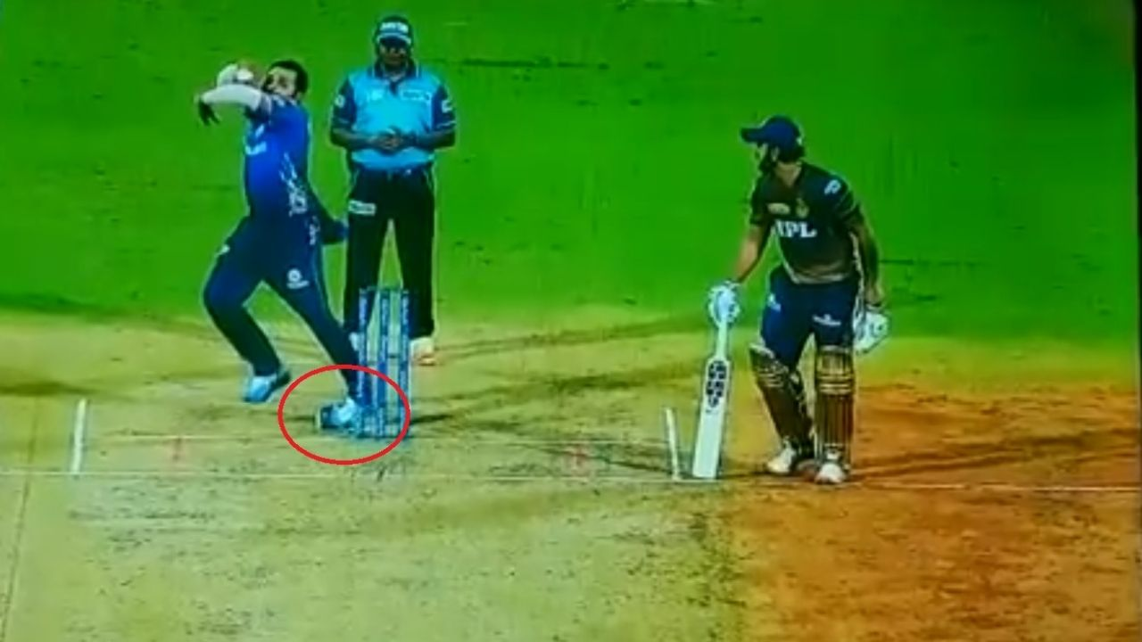 Rohit Sharma injury news: Rohit Sharma survives major injury scare while bowling in KKR vs MI IPL 2021 match