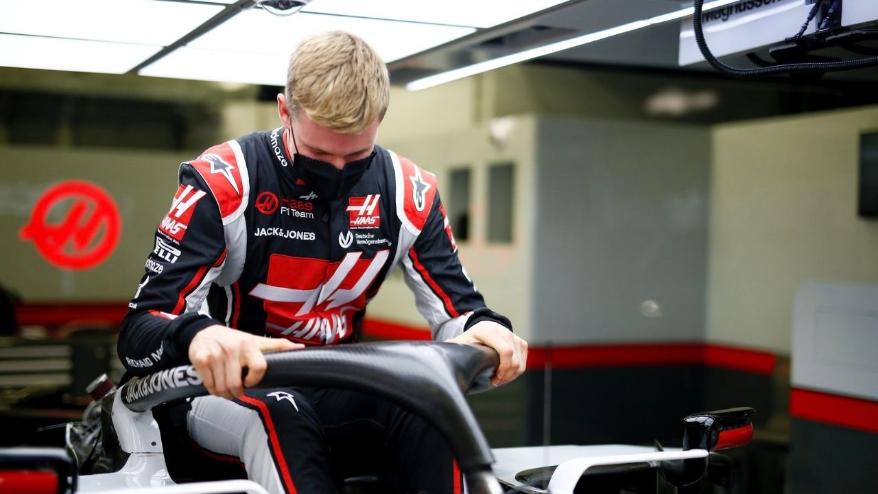 """""""I see the motivation in the team"""" - Mick Schumacher optimistic of scoring points for Haas this season"""