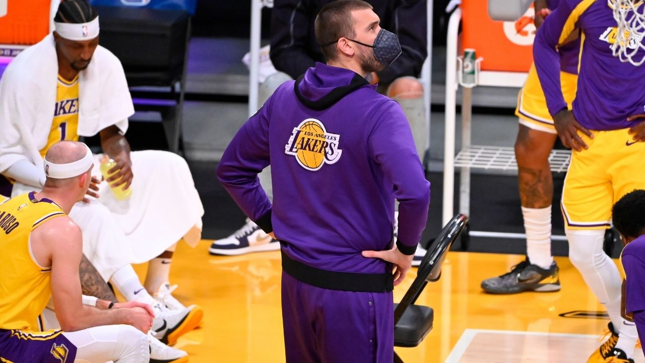 """Don't ask me, I just work here"": Marc Gasol gives stoic answer amidst Anthony Davis return to Lakers starting lineup"