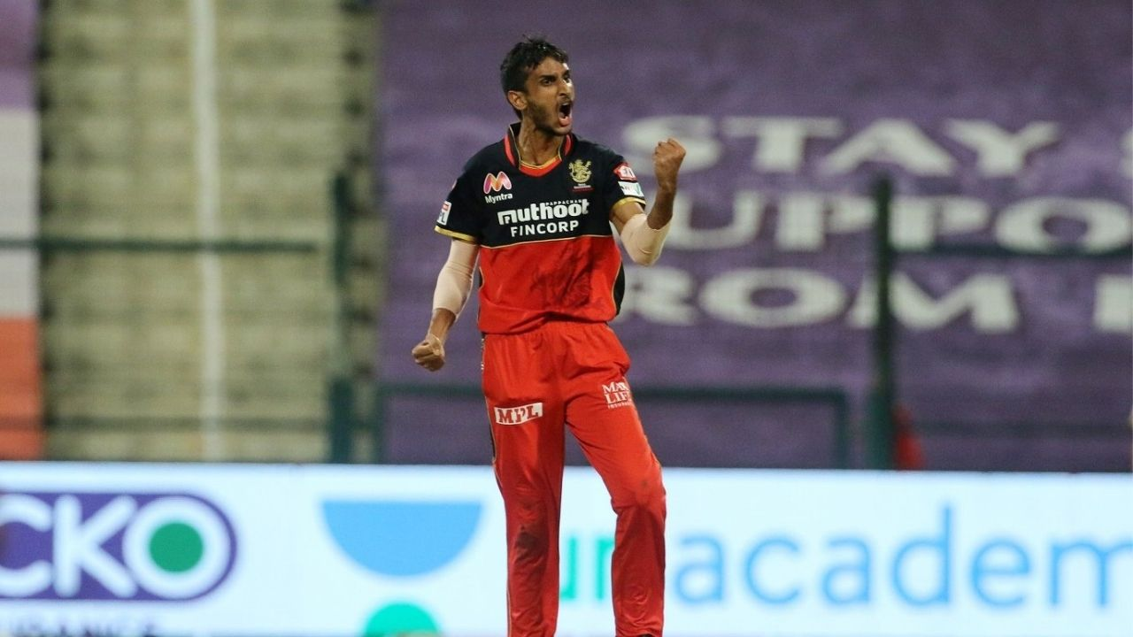 """""""Disaster horror movie"""": Twitter reactions on Shahbaz Ahmed picking three wickets in match-winning over vs SRH"""