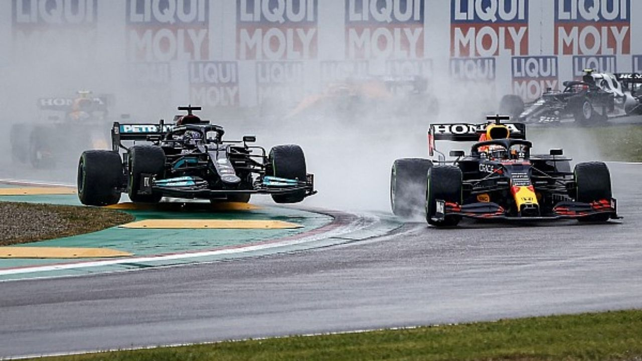 """""""His mistakes were never punished""""– Former F1 driver on what changed for Lewis Hamilton in 2021"""