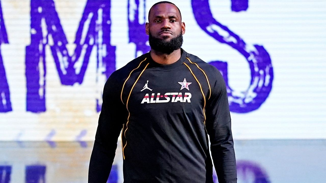 """""""Man I miss the game so much, I wanna hoop"""": Los Angeles Lakers superstar LeBron James expresses how he's been missing the game since being sidelined with injuries"""