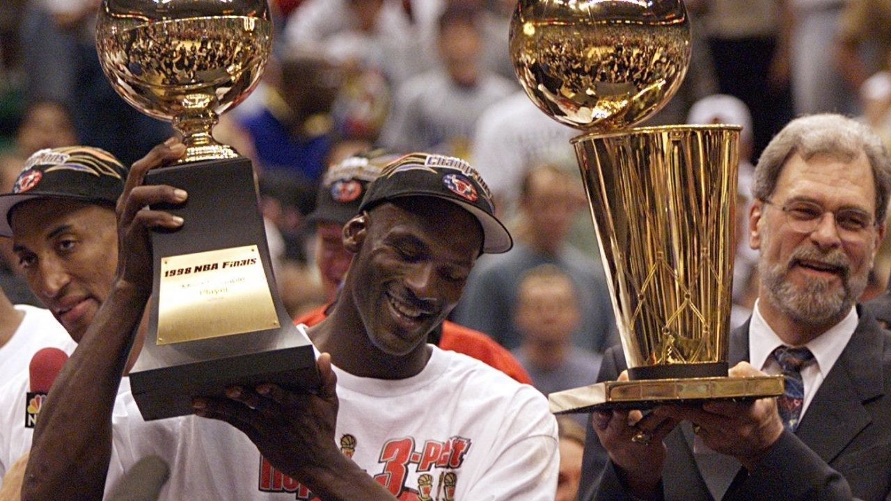 """""""Without his role players, MJ wouldn't have won as many championships"""": Former NBA champ Ron Harper reveals how Michael Jordan wouldn't have won as many championships if not for his role players"""