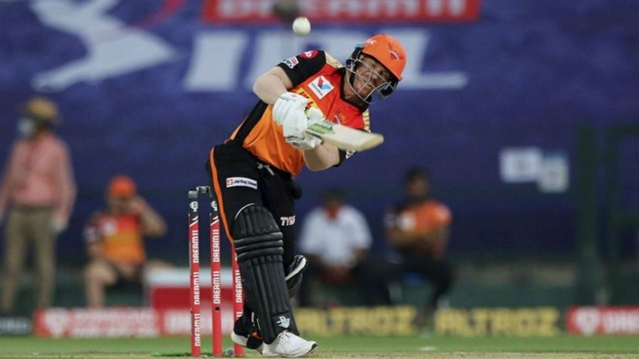 """""""Couldn't wait to put it on"""": David Warner expresses excitement after wearing SRH IPL 2021 jersey"""