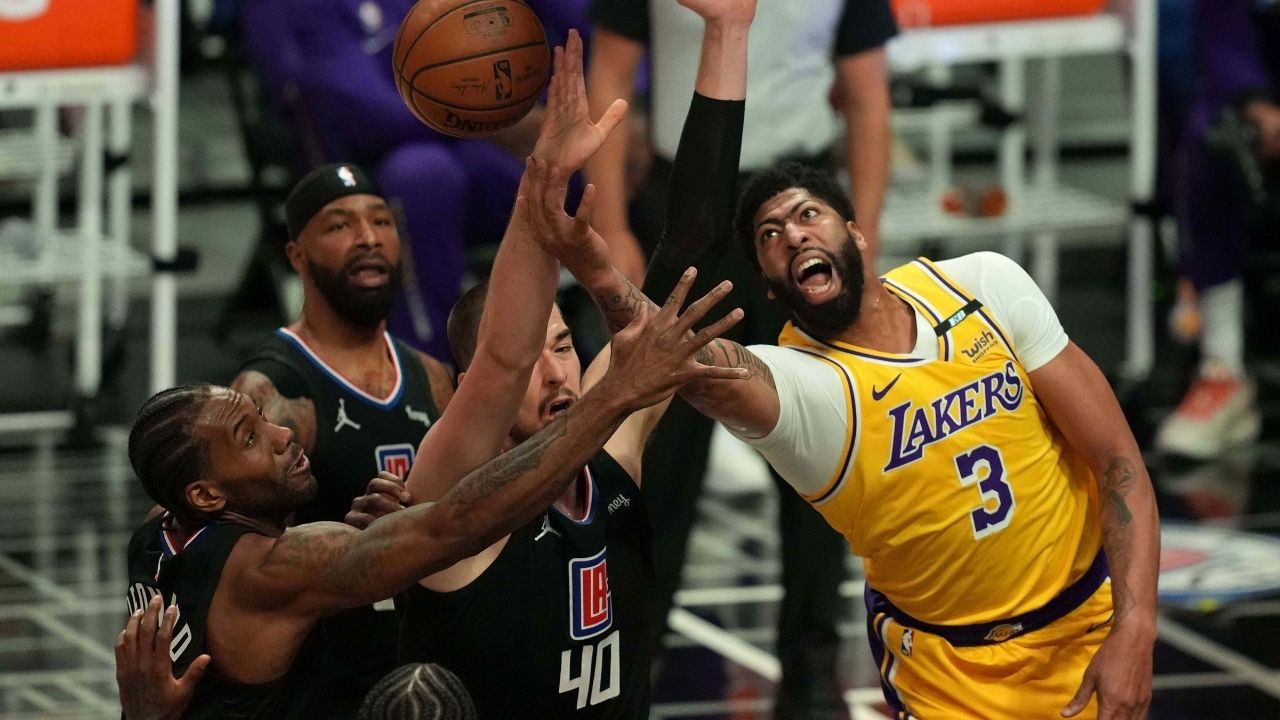 """Anthony Davis plans to play against Damian Lillard and co despite suffering from back spasms in blowout loss to Clippers: """"I should good to go against the Blazers"""""""